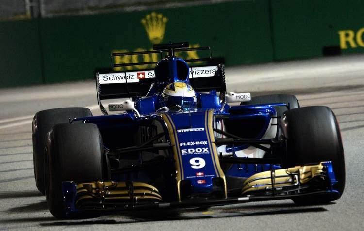 F1+Grand+Prix+Singapore+Practice+1PAK-ps444Fx