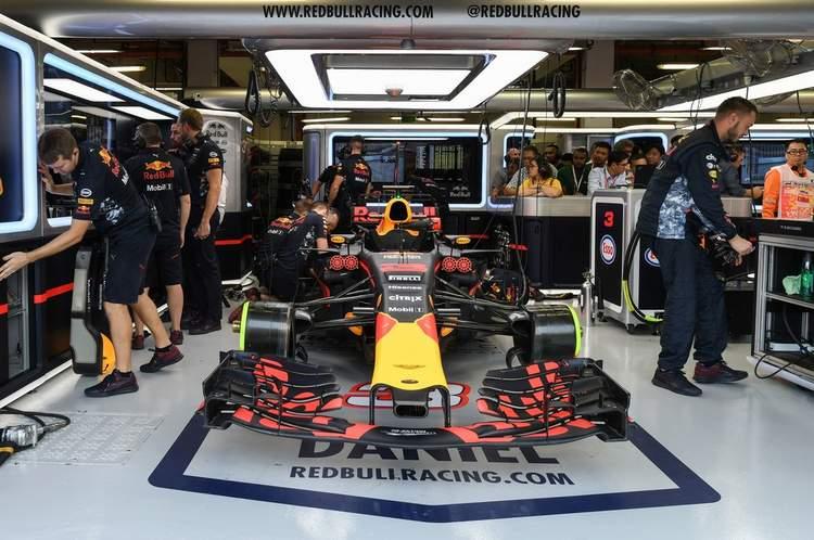 F1+Grand+Prix+Singapore+Practice+BGk9nur_Oijx