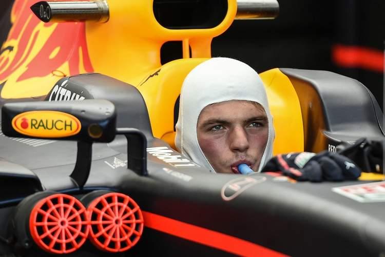 F1+Grand+Prix+Singapore+Practice+O2T_WlfFmmjx