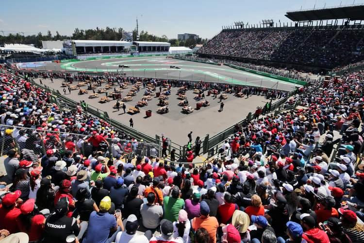 Sergio Perez (MEX) Sahara Force India F1 VJM09.Mexican Grand Prix, Saturday 29th October 2016. Mexico City, Mexico.