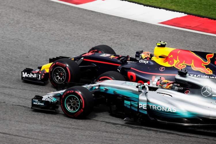 2017 Malaysian grand Prix Race Photos-011