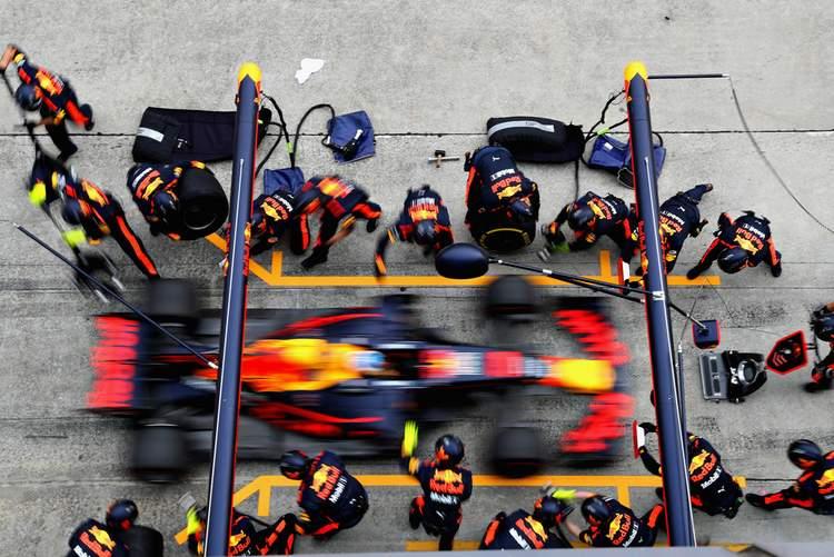 2017 Malaysian grand Prix Race Photos-020