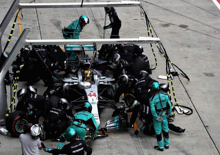 2017 Malaysian grand Prix Race Photos-034