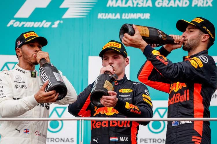 2017 Malaysian grand Prix Race Photos-064