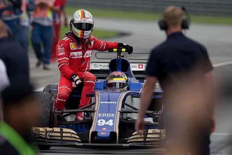 2017 Malaysian grand Prix Race Photos-066