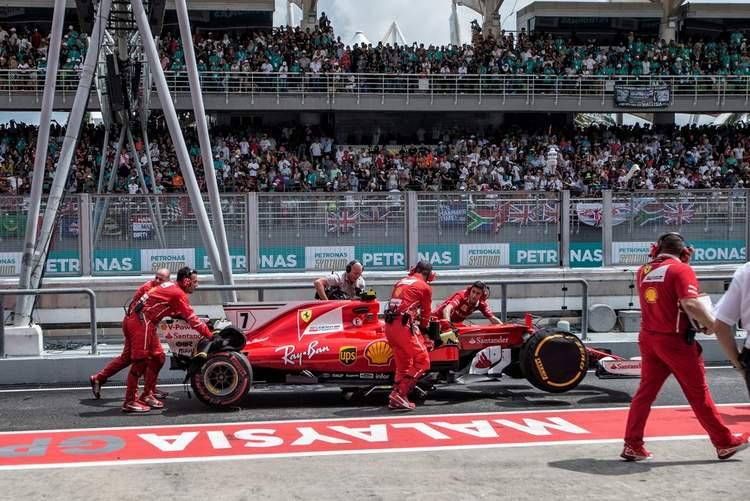 2017 Malaysian grand Prix Race Photos-081