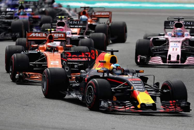2017 Malaysian grand Prix Race Photos-085
