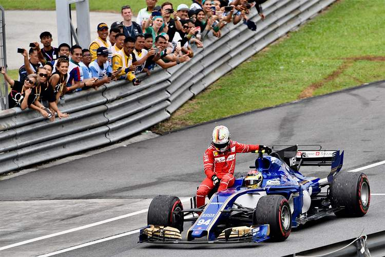 2017 Malaysian grand Prix Race Photos-095