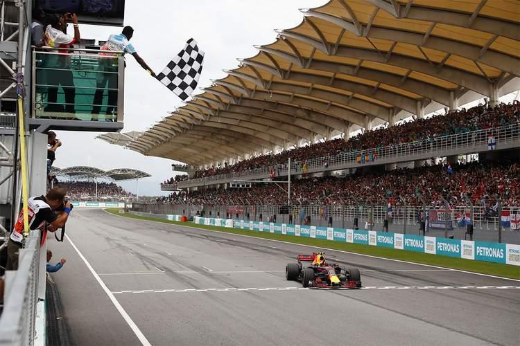 2017 Malaysian grand Prix Race Photos-098