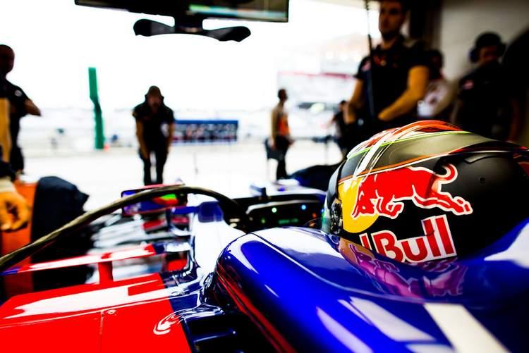 Brendon+Hartley+F1+Grand+Prix+USA+Practice+e-gY4IRNgJ3x