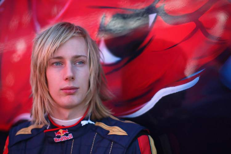 Brendon+Hartley+F1+Young+Drivers+Testing+Day+wp8v1E_QGKfx