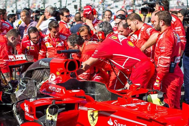 Sebastian Vettel, spark plug