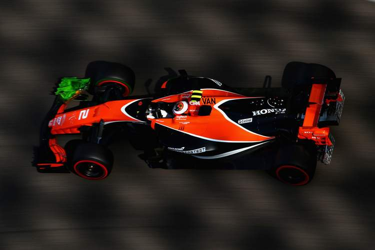 F1+Grand+Prix+Abu+Dhabi+Practice+hyBeBVmb03Nx