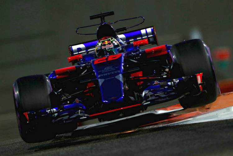 F1+Grand+Prix+Abu+Dhabi+Practice+mkBPctrNVQDx