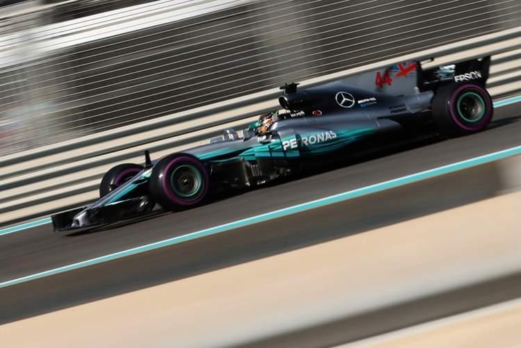 F1+Grand+Prix+Abu+Dhabi+Qualifying+_cIz92UDj3Cx