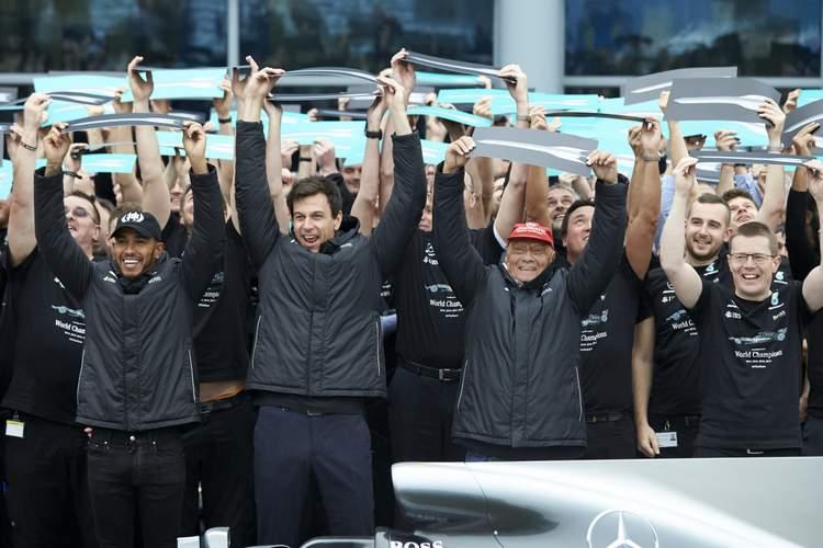 Toto Wolff, Niki Lauda,Lewis Hamilton