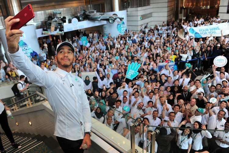 Lewis Hamilton, Petronas