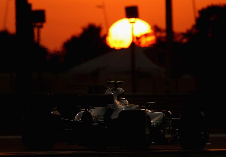Valtteri+Bottas+F1+Grand+Prix+Abu+Dhabi+Qualifying+67xsFBo0T0Qx