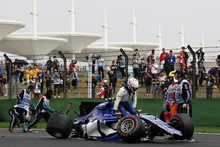 Antonio+Giovinazzi+F1+Grand+Prix+China+Qualifying+T-lwGgJLfQBx