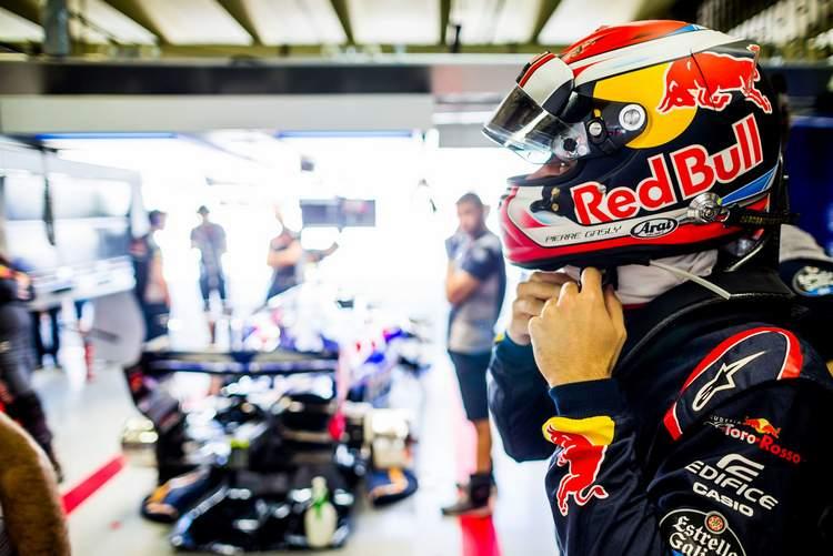 Pierre+Gasly+F1+Grand+Prix+Brazil+Practice+AuhUbuve8GIx
