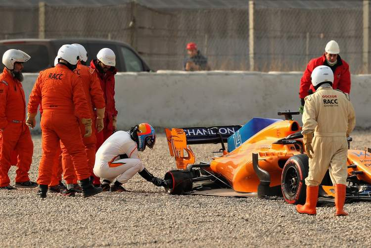 Alonso, mclatren, mcl33, crash, testing, barcelona