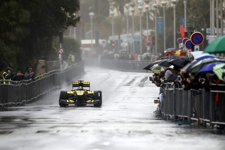 Renault, nice, rain