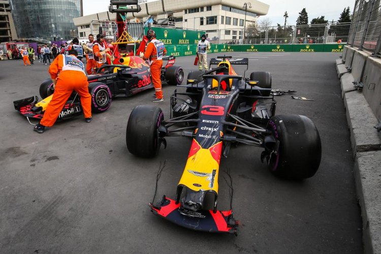 Ricciardo, verstappen, collision, crash