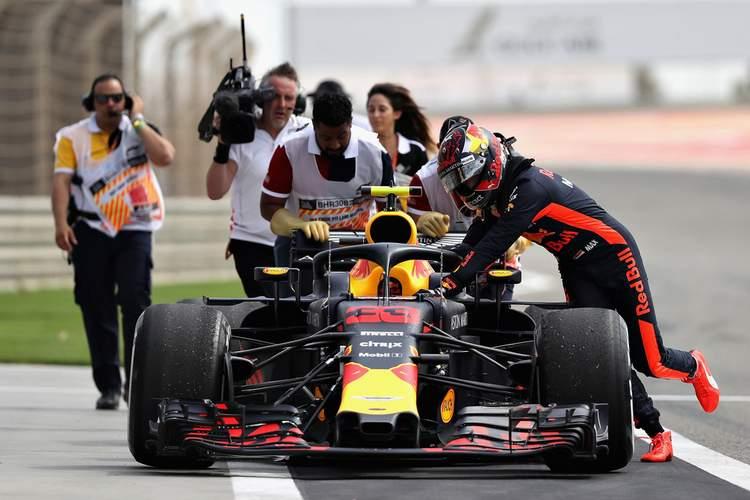 Max Verstappen, push, push car