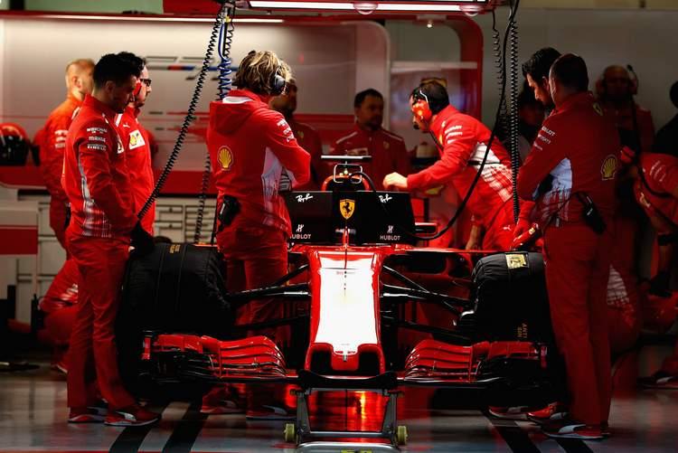 F1+Grand+Prix+China+Qualifying+694_gOuol_1x