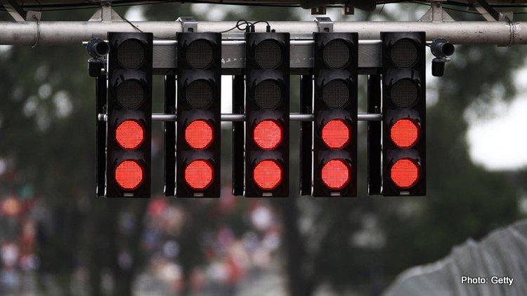 F1 red lights