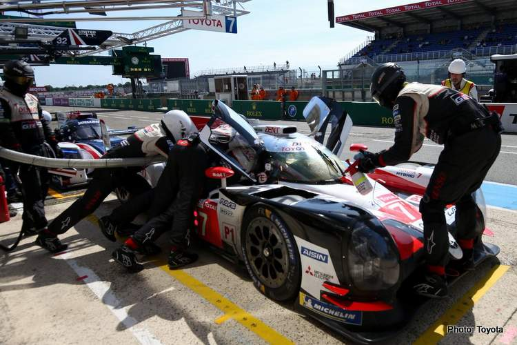 Toyota on top at the end of Le Mans Test Day