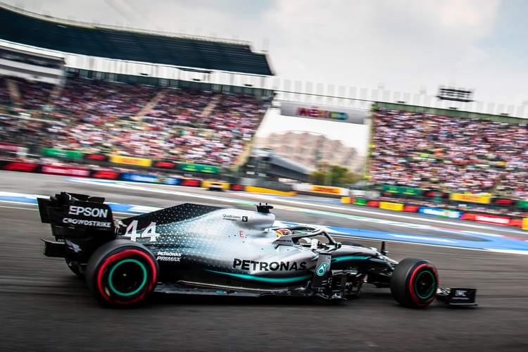 Mexican Grand Prix: Hamilton a step closer as Ferrari fumble again