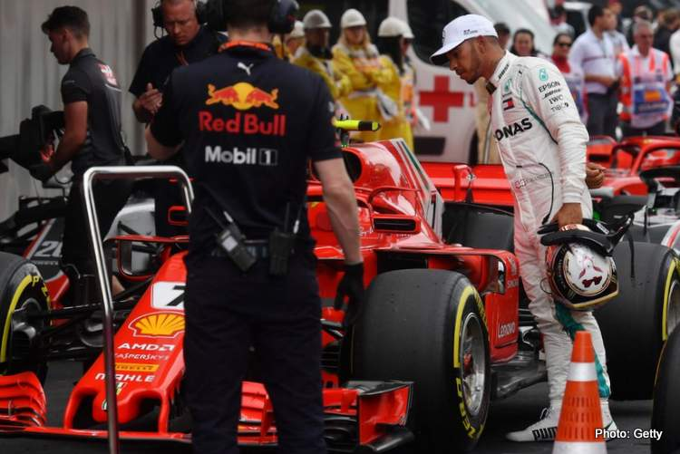 Wolff: I'm totally OK with Lewis talking to Ferrari ...