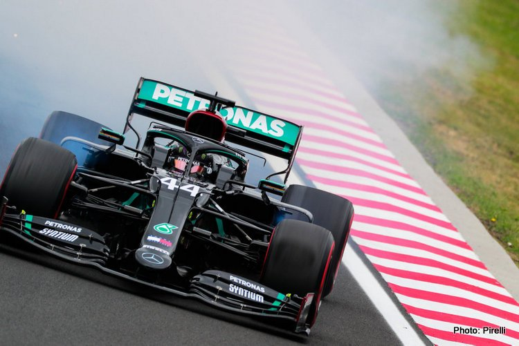 A change of circuit seems to have done little to disrupt the Formula 1 pecking order, with Mercedes retaining their commanding advantage in first prac