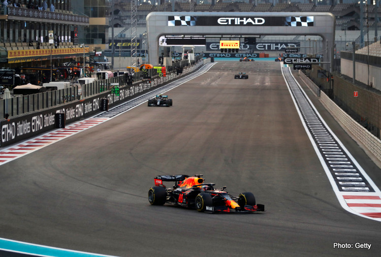 Max Verstappen of the Netherlands driving the (33) Aston Martin Red Bull Racing RB16 during the F1 Grand Prix of Abu Dhabi at Yas Marina Circuit on December 13, 2020 in Abu Dhabi, United Arab Emirates