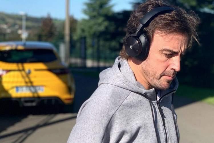 Fernando Alonso face facial injury