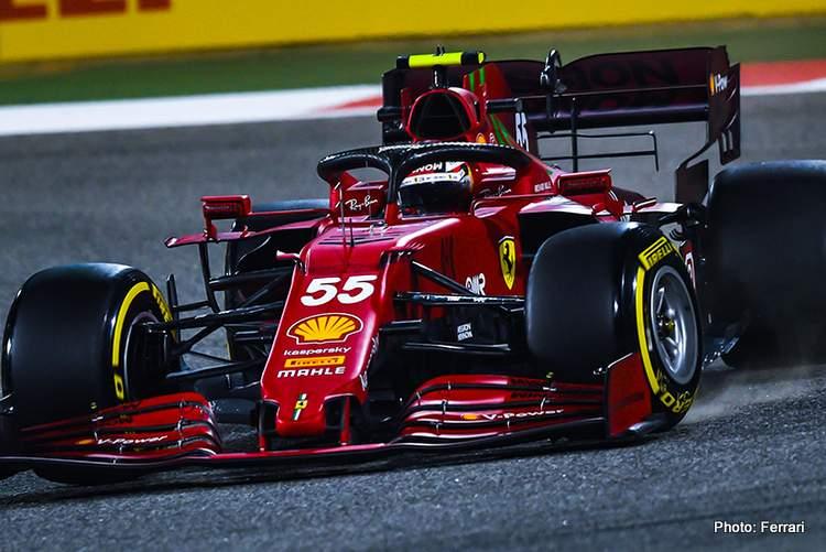Carlos Sainz Ferrari SF21 Bahrain