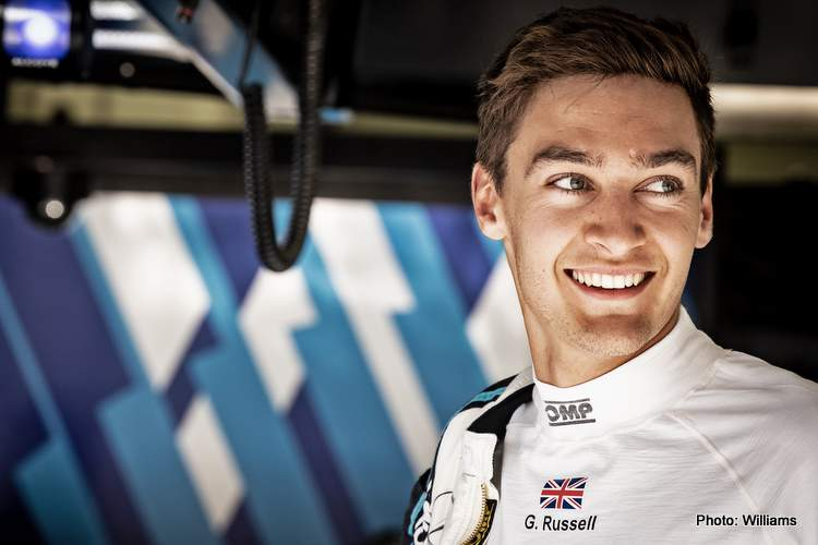 George Russell pit garage 2021 Williams driver