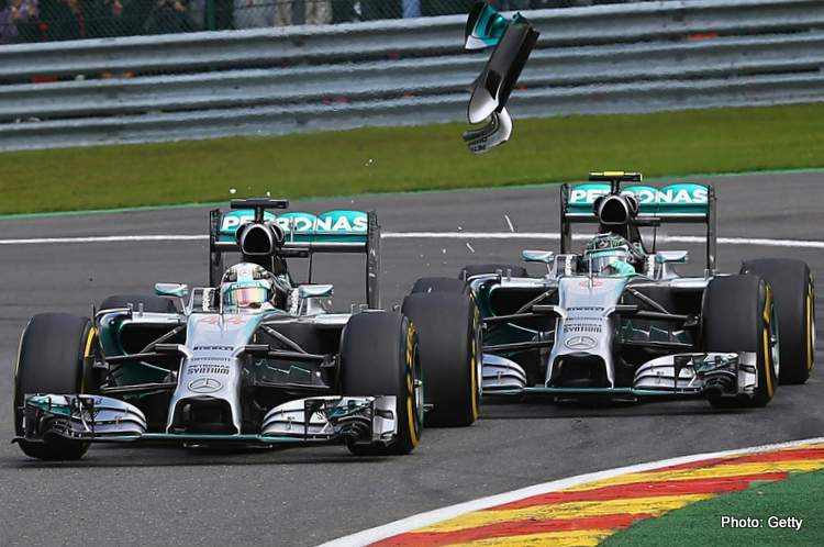 Rosberg Hamilton crash spa F1