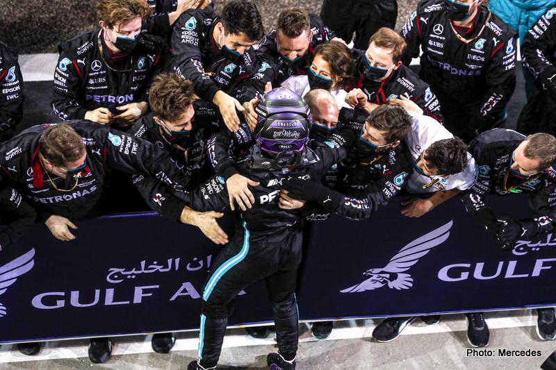 2021 Bahrain Grand Prix, Sunday - LAT Images