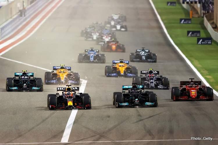 Horner FIA smedley 2021 Bahrain Grand Prix start