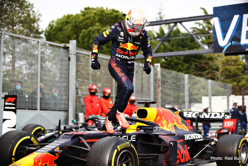 IMOLA, ITALY - APRIL 18: Race winner Max Verstappen of Netherlands and Red Bull Racing celebrates in parc ferme during the F1 Grand Prix of Emilia Romagna at Autodromo Enzo e Dino Ferrari on April 18, 2021 in Imola, Italy. (Photo by Mark Thompson/Getty Images) // Getty Images / Red Bull Content Pool // SI202104180344 // Usage for editorial use only //