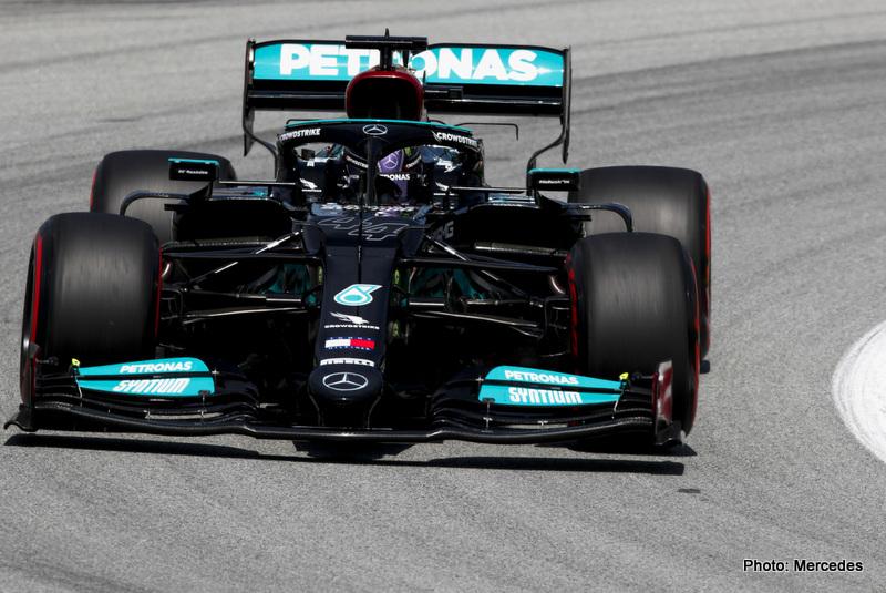 Hamilton 2021 Spanish Grand Prix, Friday - LAT Images