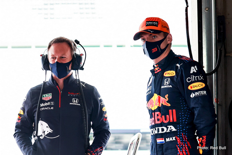 PORTIMAO, PORTUGAL - MAY 01: Max Verstappen of Netherlands and Red Bull Racing and Red Bull Racing Team Principal Christian Horner look on in the garage during final practice for the F1 Grand Prix of Portugal at Autodromo Internacional Do Algarve on May 01, 2021 in Portimao, Portugal. (Photo by Mark Thompson/Getty Images) // Getty Images / Red Bull Content Pool // SI202105010069 // Usage for editorial use only //