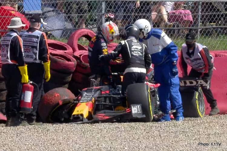 F1-Verstappen-Crash-Silverstone