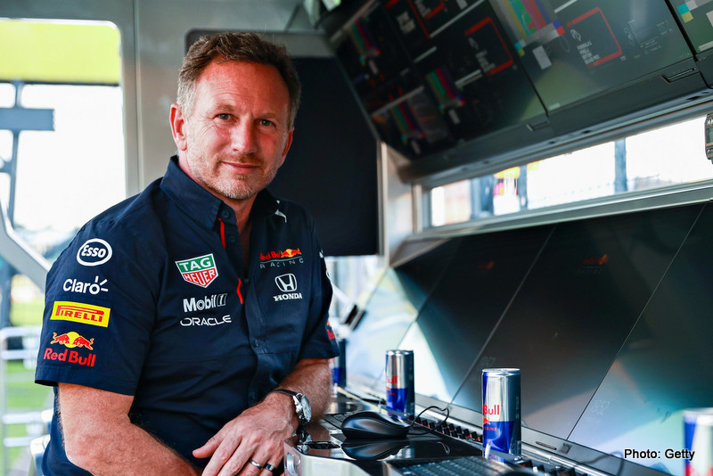NORTHAMPTON, ENGLAND - JULY 16: Red Bull Racing Team Principal Christian Horner looks on from the pitwall during qualifying ahead of the F1 Grand Prix of Great Britain at Silverstone on July 16, 2021 in Northampton, England. (Photo by Mark Thompson/Getty Images) // Getty Images / Red Bull Content Pool // SI202107160396 // Usage for editorial use only // Horner