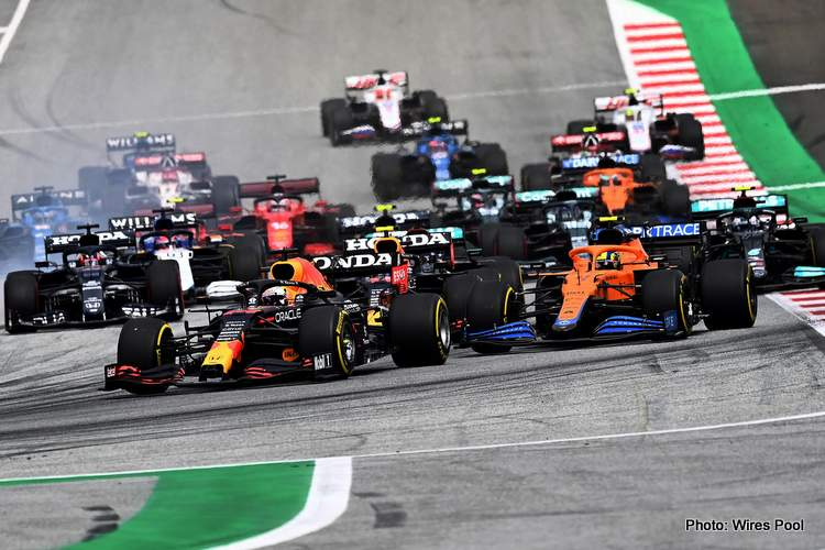 austrian grand prix max verstappen leads start-001