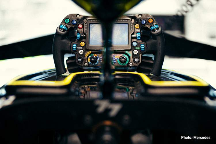 bottas cockpit 2021 Mercedes