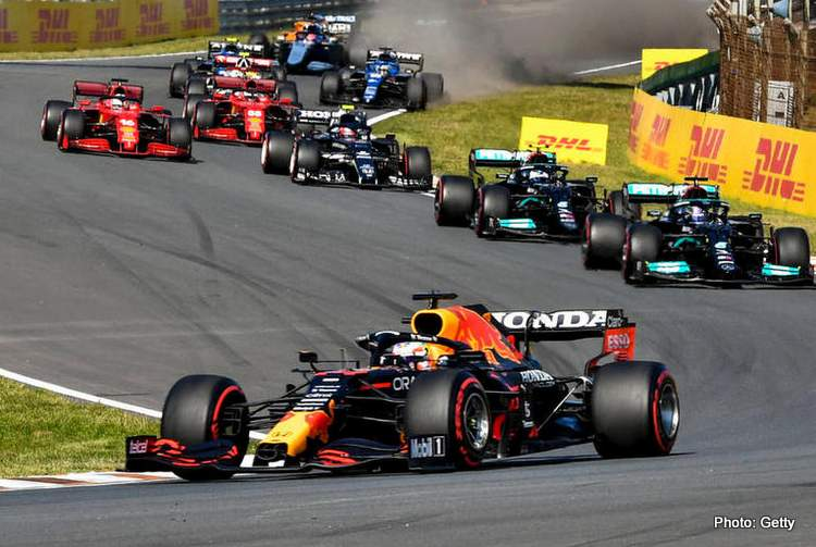 Formula 1 2021: Dutch GP CIRCUIT ZANDVOORT, NETHERLANDS - SEPTEMBER 05: Max Verstappen, Red Bull Racing RB16B, leads Sir Lewis Hamilton, Mercedes W12, Valtteri Bottas, Mercedes W12, Pierre Gasly, AlphaTauri AT02, and Charles Leclerc, Ferrari SF21 during the Dutch GP at Circuit Zandvoort on Sunday September 05, 2021 in North Holland, Netherlands. Photo by Mark Sutton / Sutton Images Images PUBLICATIONxINxGERxSUIxAUTxHUNxONLY GP2113_130219MS2_9930