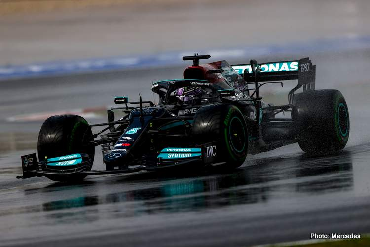 Mercede boss Toto Wolff expects that progress will be tough for Lewis Hamilton